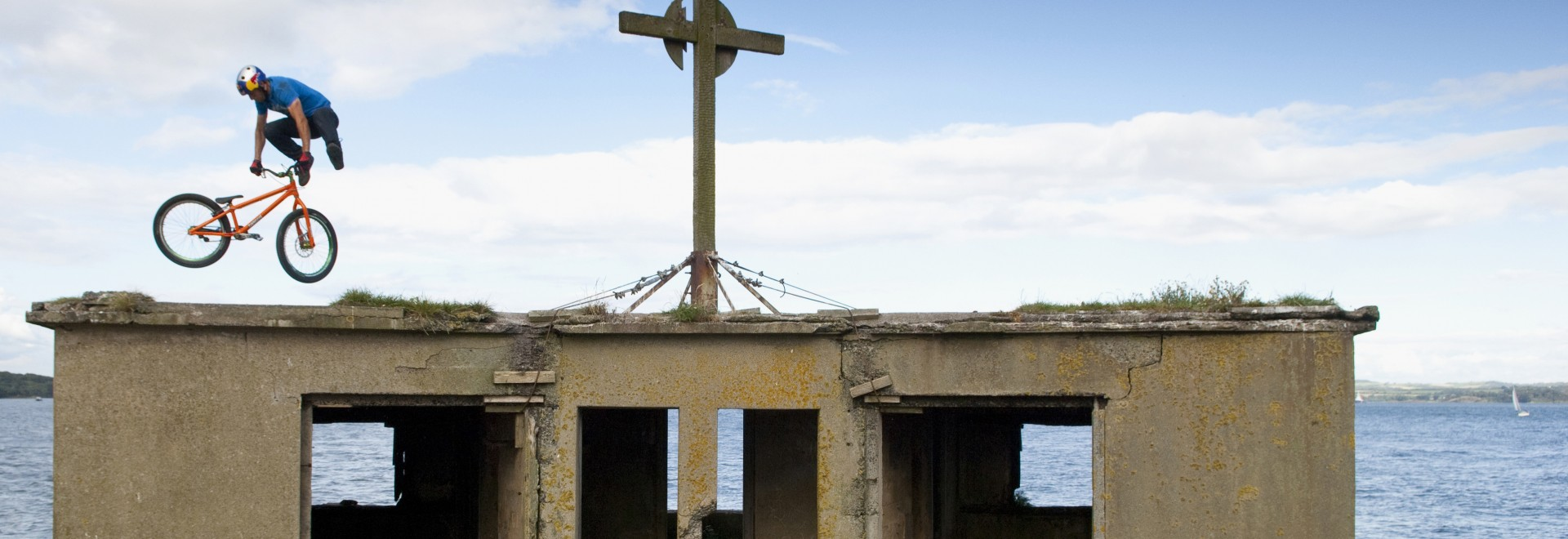 Danny MacAskill: Imaginate / Way back Home