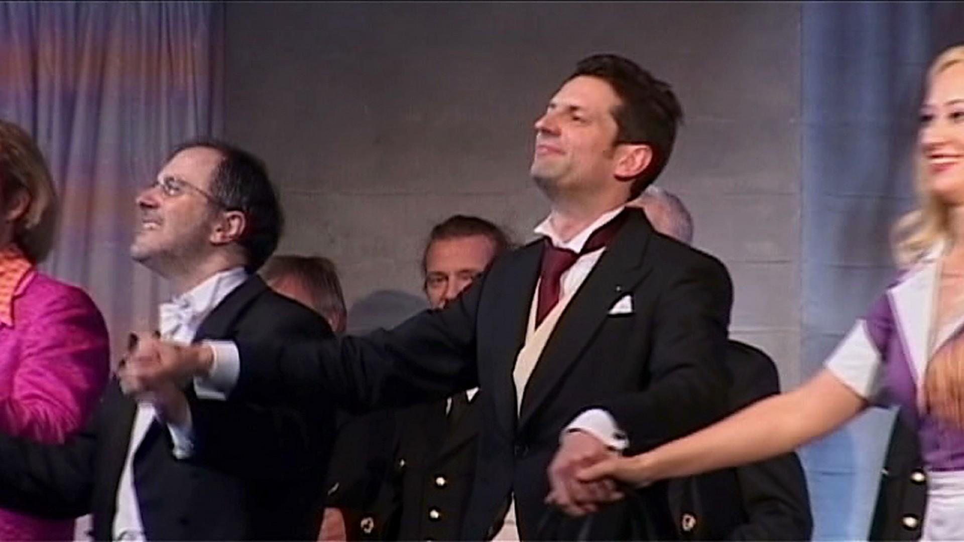 Aron und die Liebe zur Oper