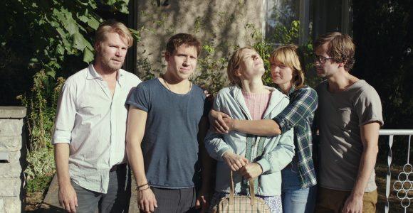 Idioten der Familie Szenenbild