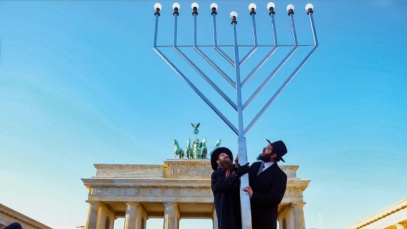 Germans & Jews Szenenbild